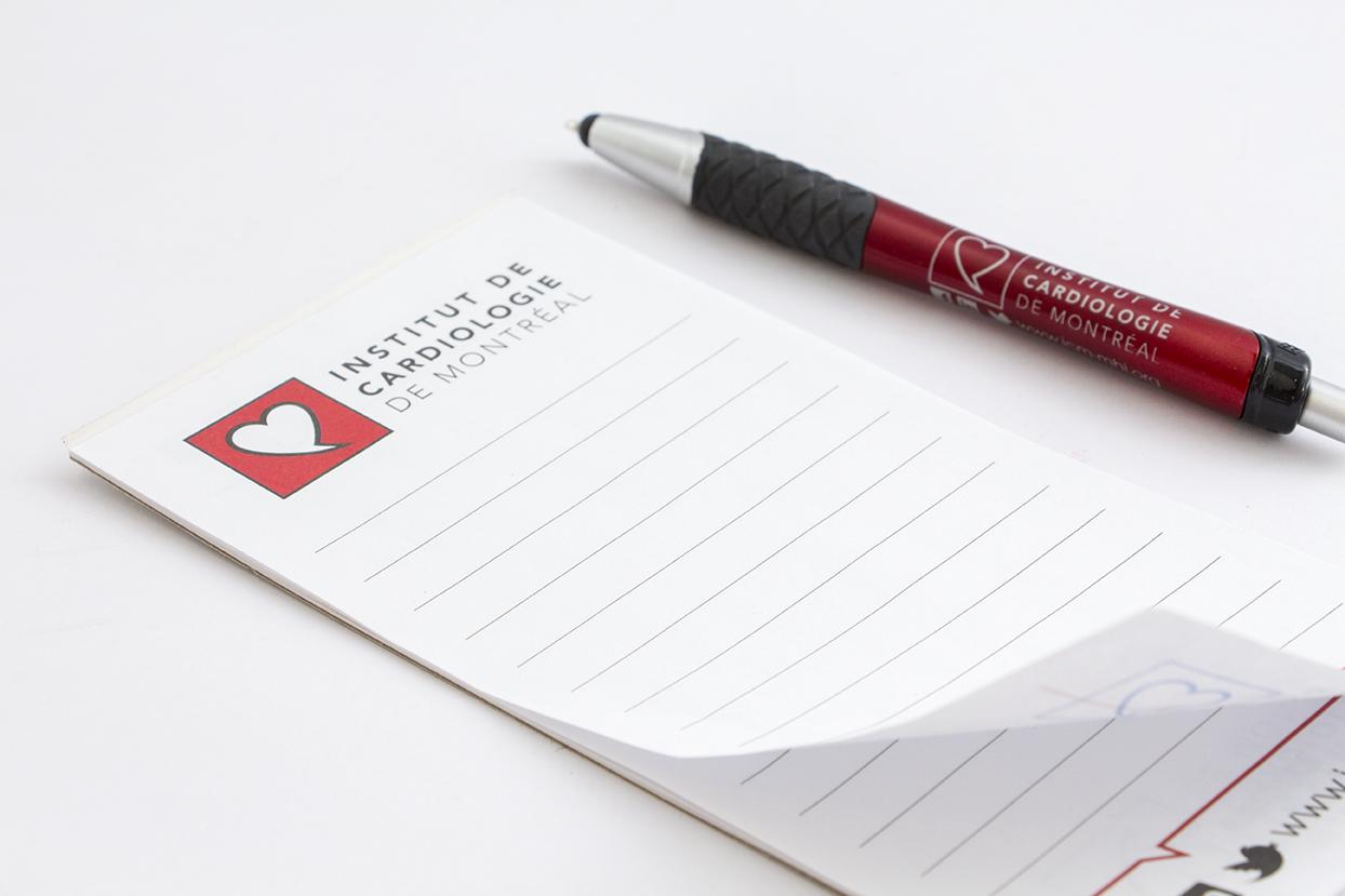 Bloc-note et stylo Institut de cardiologie de Montréal