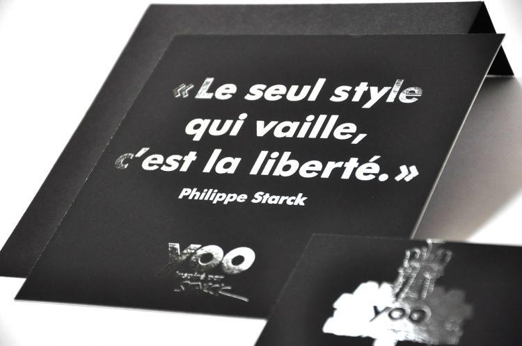 Carton d'invitation et enveloppe YOO