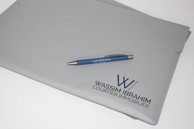 Pochette de vinyle et stylo Wassim Ibrahim