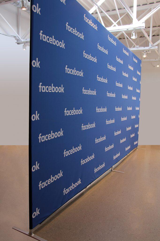 cadre autoportant Contour Facebook